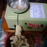 味噌作りは大豆と麹と塩だけでOK! 無添加味噌の仕込み方を画像で解説
